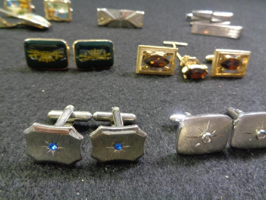 Lot of 45 Vintage Cuff Links, Tie and Clasp - 5