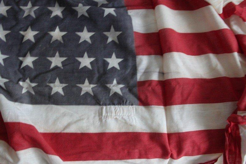 Lot of Vintage American Flags - 4