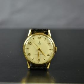 Wristwatch TUDOR made of 9ct gold, Ø 31mm. From the