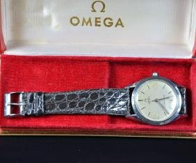Steel wristwatch OMEGA - Seamaster Automatic in