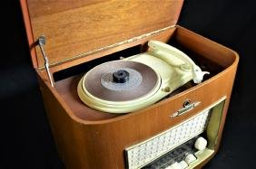 Radio Kaiser in wooden case with record player. Height: