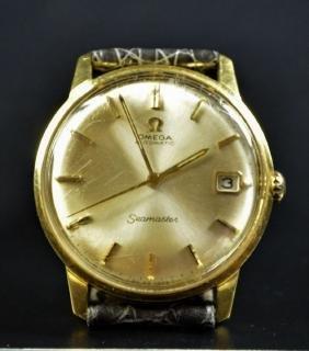 Automatic wristwatch OMEGA Seamaster. Made of 18ct