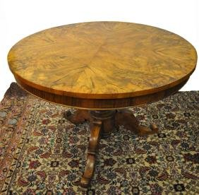 Table Louis Philipe. Diam.=105cm, H=75cm.