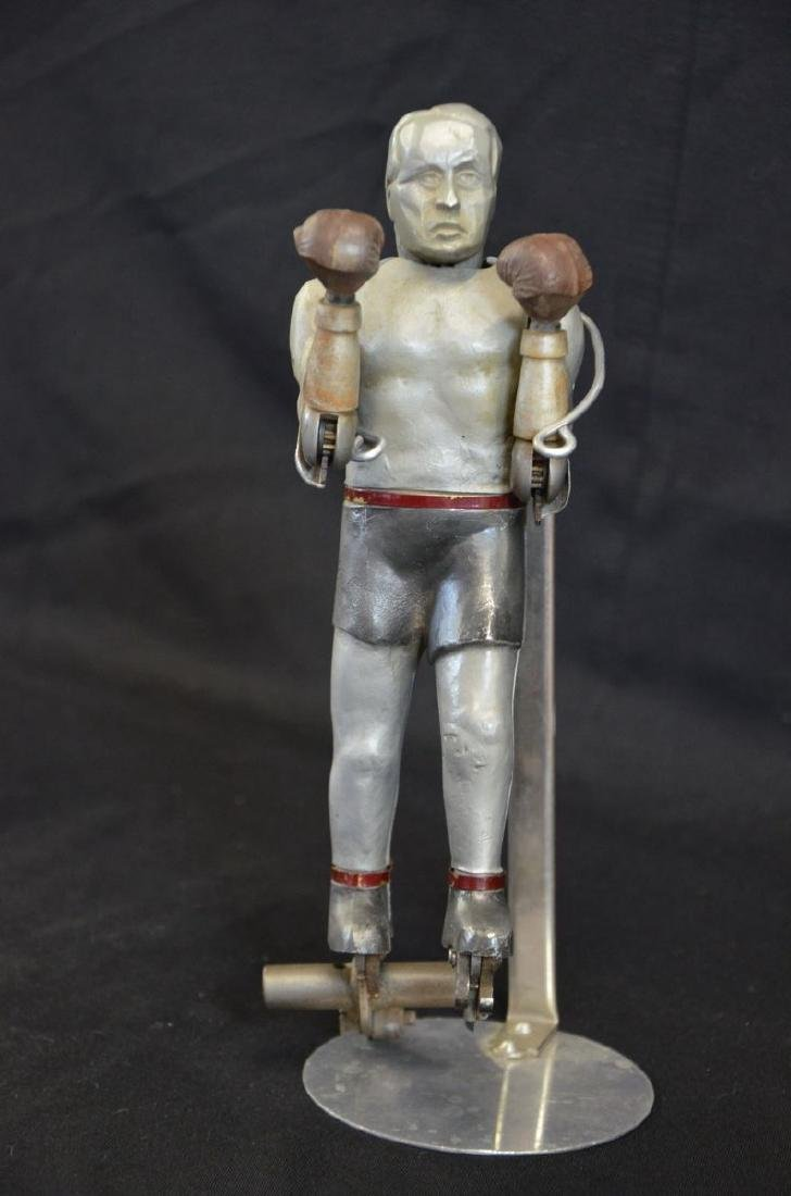 Mechanical boxer, probably out of a slot machine,