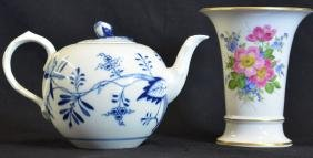 Collection of two pieces of Meissen porcelain: vase
