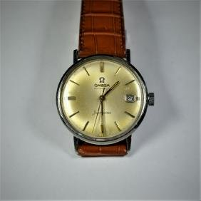 OMEGA Seamaster wristwatch. Automatic with calender.