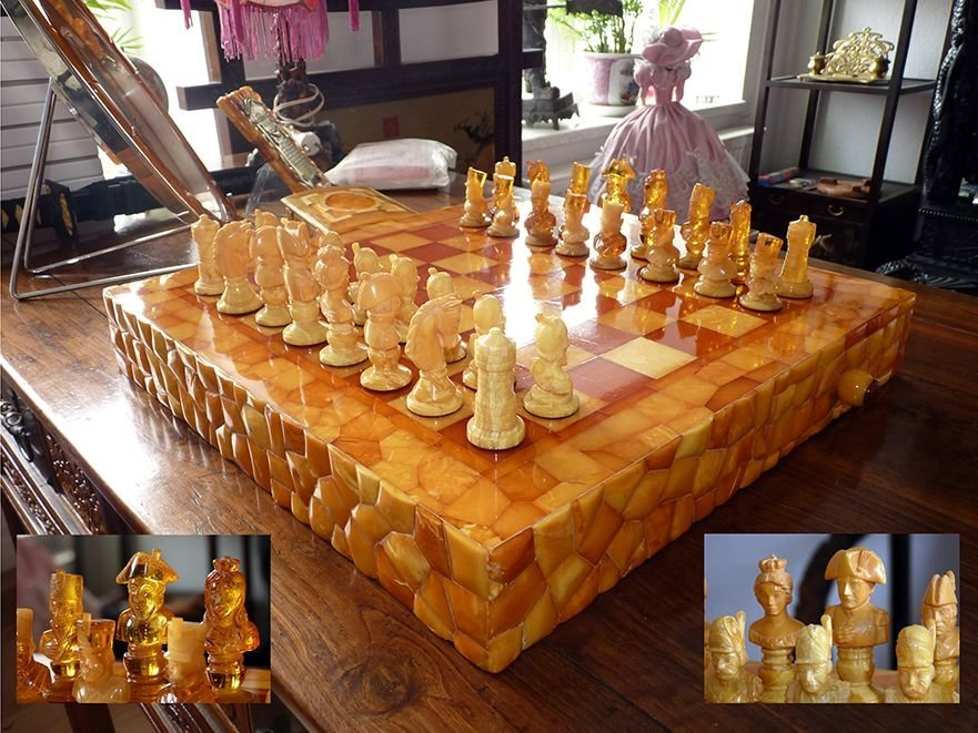 SCHLEGGE, Alfred. Complete Figural Amber Chess Set