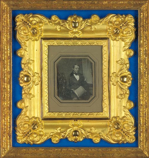 4016: Daguerreotypes: Single portraits of husband and w