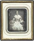 4530 Daguerreotypes Mother with Children