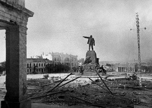 4001: Tjomin, Victor: Destroyed Sebastopol