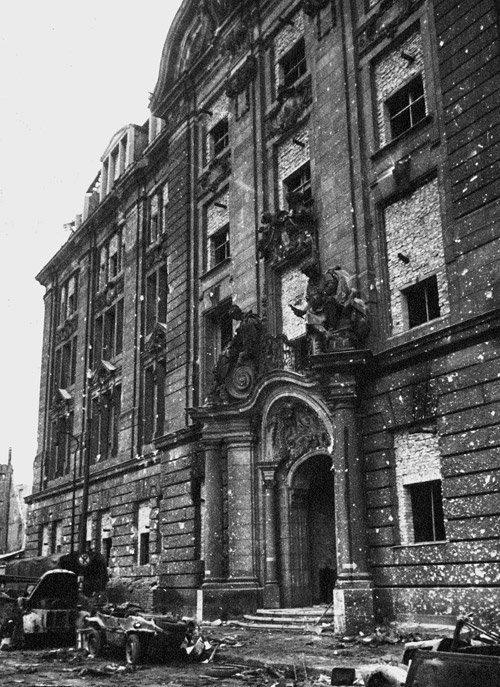 4088: Chaldej, Jewgeni: Gestapo Headquarters Berlin