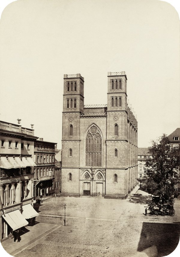 4017: Ahrendts, Leopold: St. Michael's Church; Friedric
