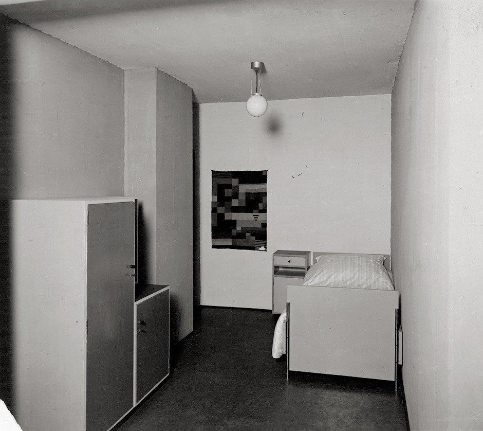 4605: Bauhaus (F. Bimpage): Bauhaus interior
