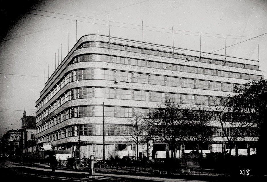 4615: Dernburg, Hermann: Wertheim building, Breslau