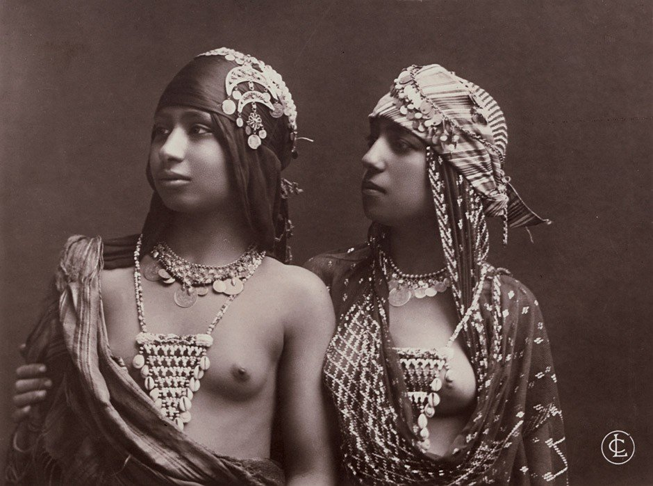 4260: LC Monogram: Semi-nude Arabian women