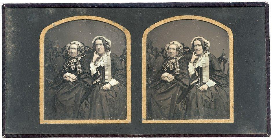 Daguerreotypes: Portrait of mother and daughter