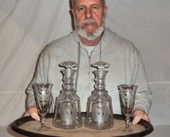 PR. CRYSTAL DECANTERS DOUBLE HEADED EAGLES 2 GLASSES