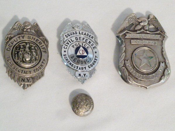 COLLECTION OF VINTAGE BADGES FIRE, DEPUTY SHERIFF ETC. - 4