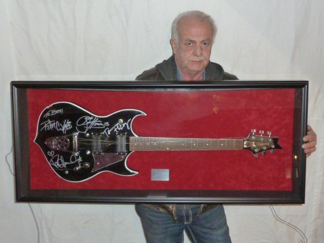 KISS SIGNED GUITAR BY ALL FOUR ALBANY NY CONCERT