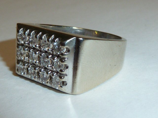 14KT MEN'S RING 12 DIAMONDS RECTANGULAR PATTERN - 3