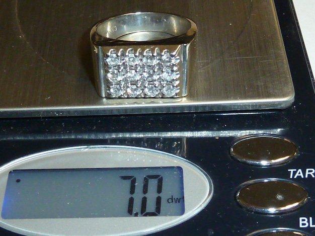 14KT MEN'S RING 12 DIAMONDS RECTANGULAR PATTERN - 4