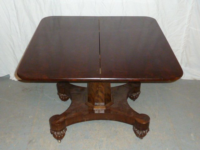 FEDERAL GAME TABLE SWIVEL TOP ONION FEET - 5
