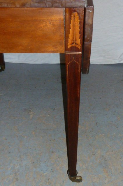AMERICAN 1800'S DROP LEAF TABLE FEATHER FORM INLAY - 2