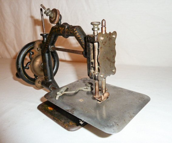 EARLY PAINT DECORATED MINIATURE SEWING MACHINE - 3