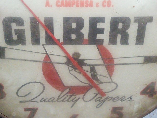 VINTAGE ADVERTISING CLOCK GILBERT QUALITY PAPERS - 2