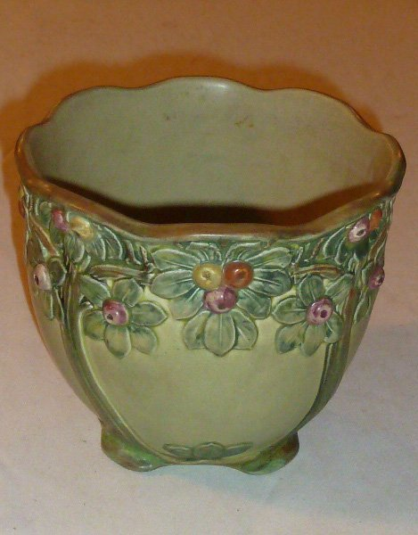 ARTS & CRAFTS ERA ART POTTERY PLANTER ROSEVILLE