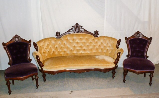 JOHN JELIFF 3 PIECE PARLOR SET MAIDEN HEADS ON COUCH