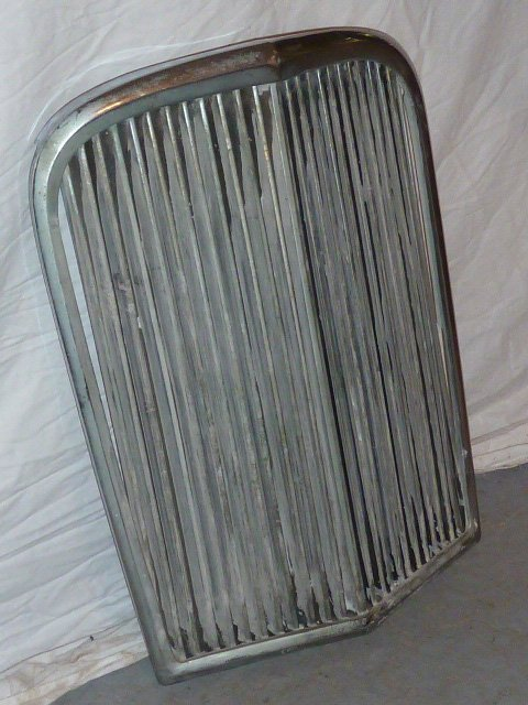"VINTAGE CHROME GRILL FROM ANTIQUE CAR ""V"" SHAPED - 2"