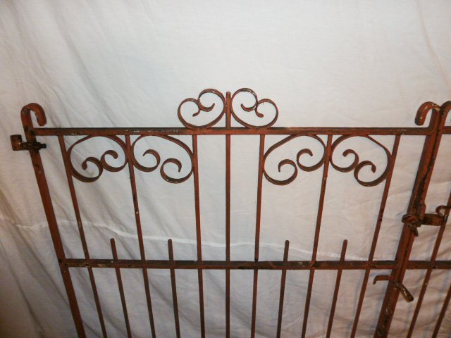 EARLY 20TH C. ORNATE IRON GATES CURLED DECORATION - 2