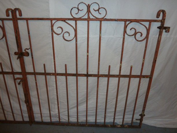 EARLY 20TH C. ORNATE IRON GATES CURLED DECORATION - 4