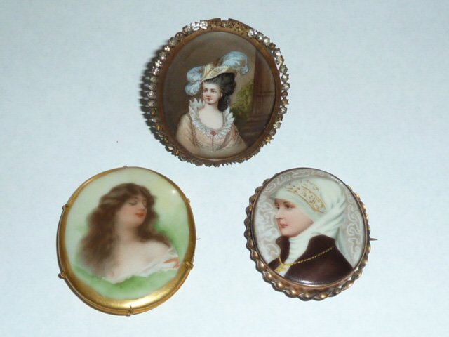 THREE ANTIQUE HAND PAINTED MINIATURE PORTRAITS