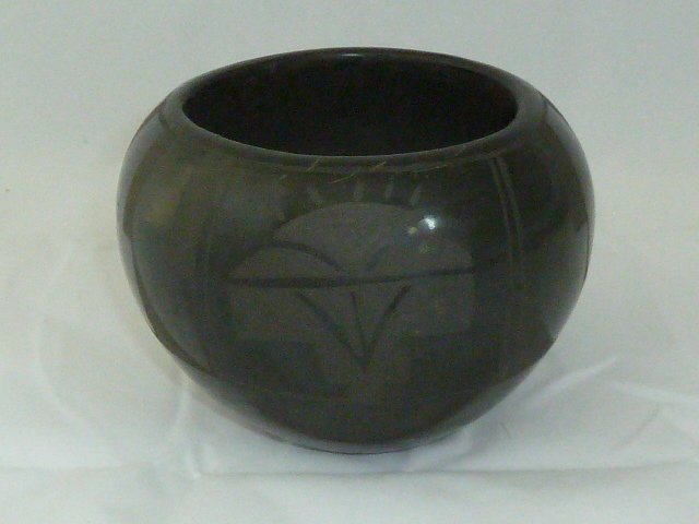 BLACKWARE POTTERY CARVED DESIGN BOWL BY SHIRLEY SUAZO