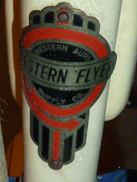 VINTAGE WESTERN FLYER BICYCLE WITH TANK 1950'S - 2