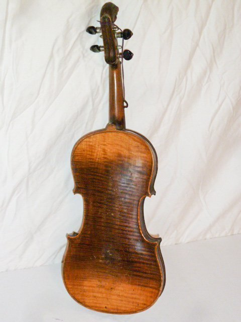1890'S CARVED LION'S HEAD VIOLIN CURLY MAPLE - 3