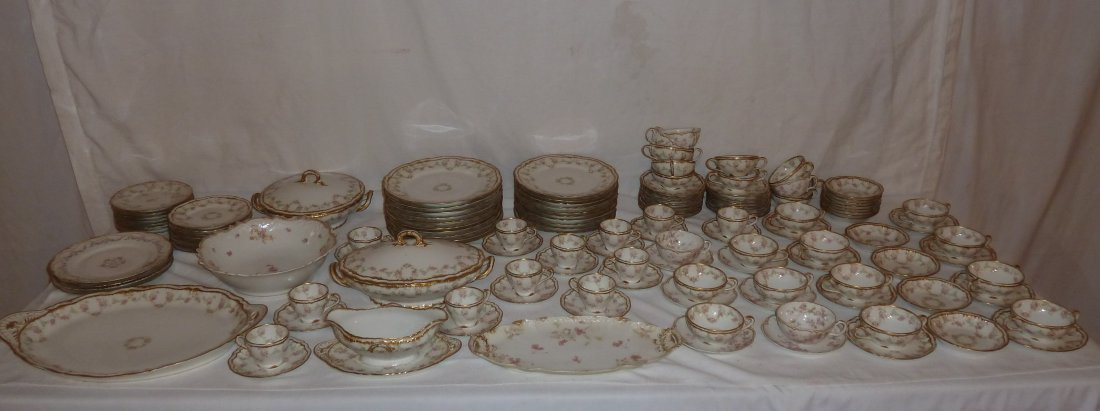 HAVILAND LIMOGES CHINA OVER 120 PIECES