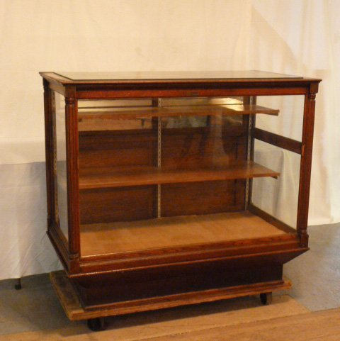 C1900 OAK COUNTRY STORE DISPLAY CASE