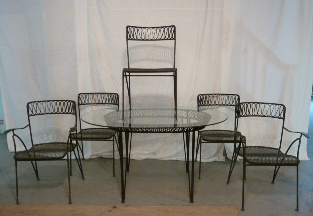 DESIGNER IRON RIBBON CANDY OUTDOOR DINING SET
