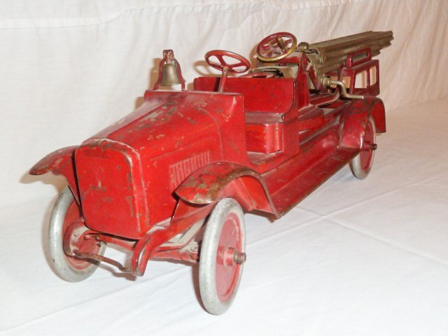 1920'S BUDDY L AERIAL LADDER FIRE TRUCK - 3