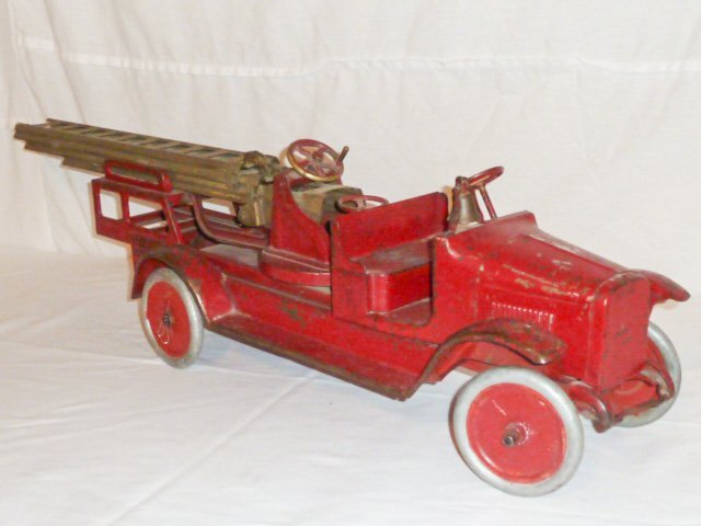 1920'S BUDDY L AERIAL LADDER FIRE TRUCK - 4