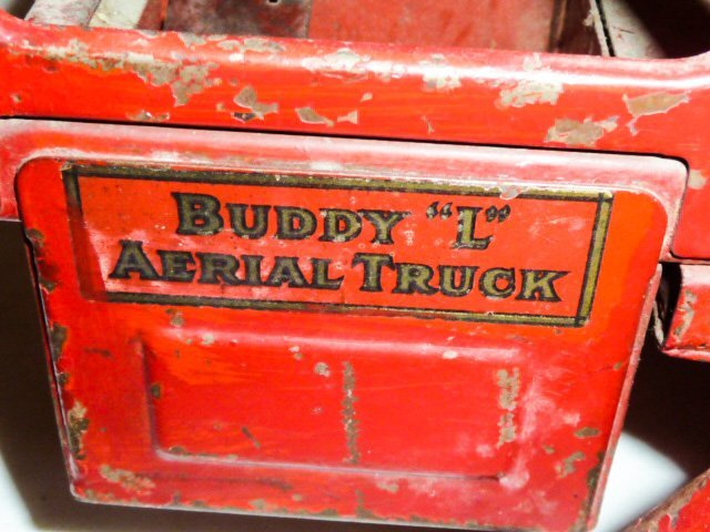 1920'S BUDDY L AERIAL LADDER FIRE TRUCK - 6