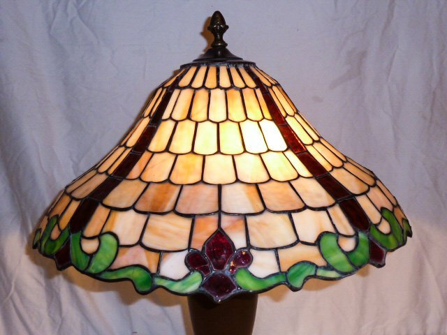 CHICAGO MOSAIC LEADED GLASS TABLE LAMP - 2