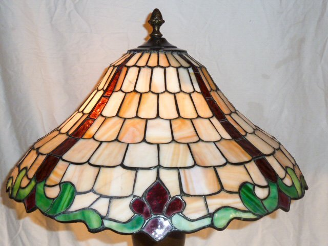 CHICAGO MOSAIC LEADED GLASS TABLE LAMP - 3
