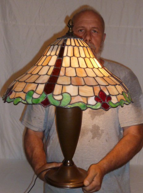 CHICAGO MOSAIC LEADED GLASS TABLE LAMP - 6