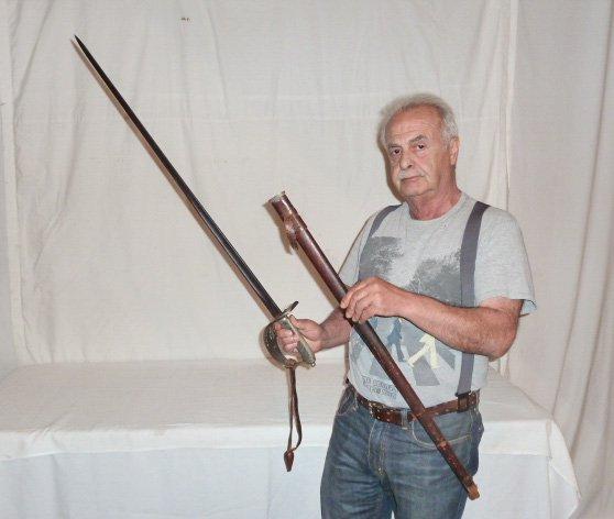 19TH C. ENGLISH CAVALRY SWORD & SCABBARD G.BOYTON - 10