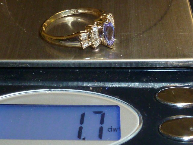 14KT GOLD RING WITH TANZANITE AND DIAMONDS - 3