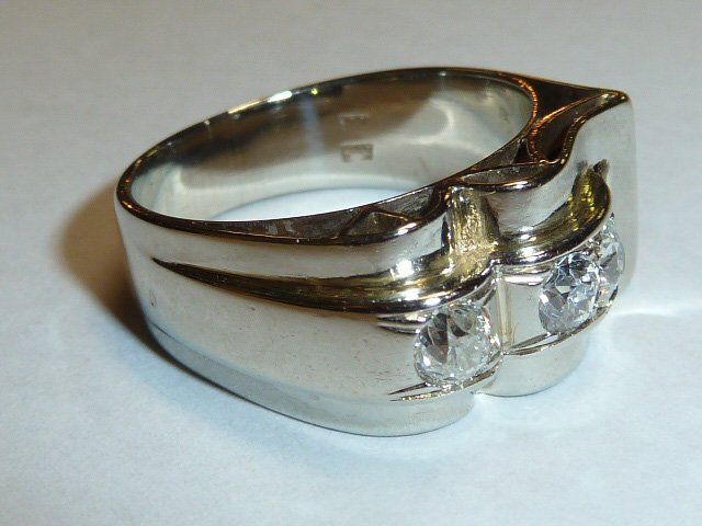 14KT WHITE GOLD RING WITH 4 DIAMONDS UNISEX - 2